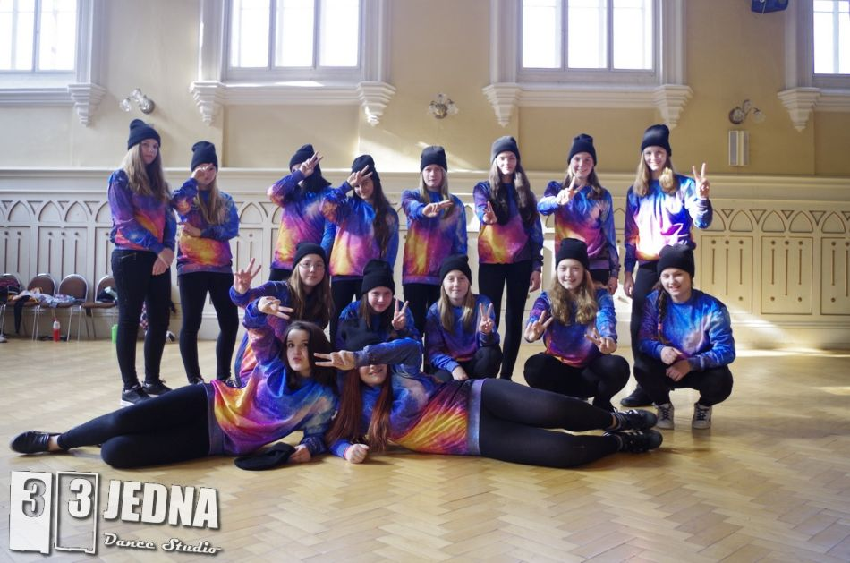 331 Dance Studio Olomouc - Vesmírná prda