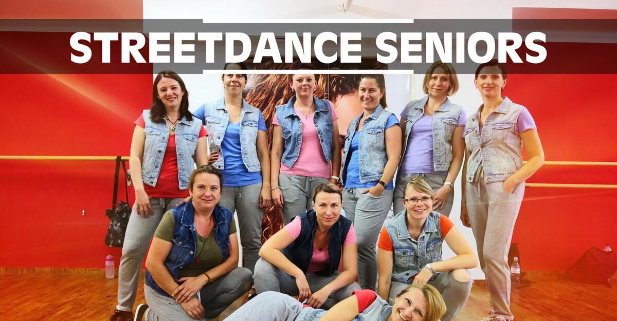Streetdance Seniors | Taneční kurz Street Dance pro dospělé, muže a ženy ve věku 30, 40, 50 a více let v Olomouci. Lekce stylů Hip Hop, House Dance, Dancehall, MTV Dance, atd.